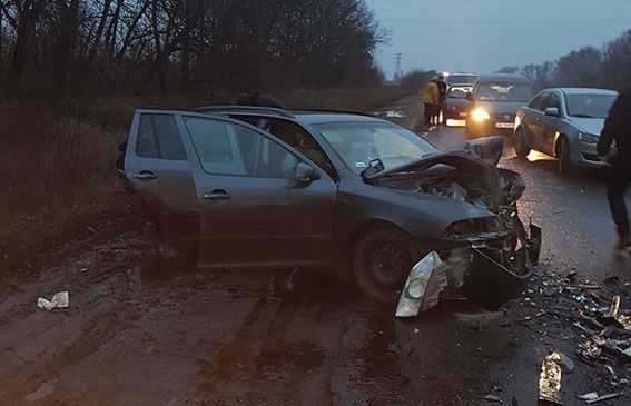 В ДТП под Харьковом погиб один человек и пятеро получили травмы
