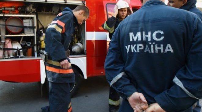 Спасатели в Украине перешли на усиленный режим работы