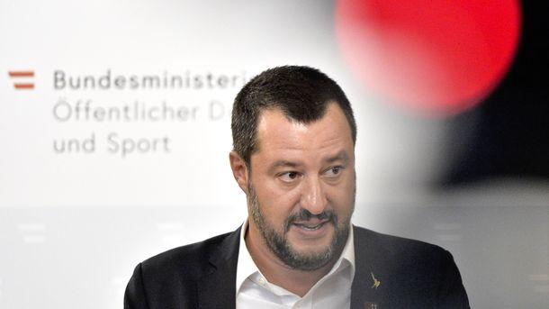 «Извинись и заткнись»: вице-премьер Италии нагрубил замглаве Еврокомиссии